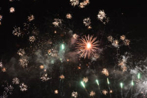 062116Cour-Redcliff-fireworks