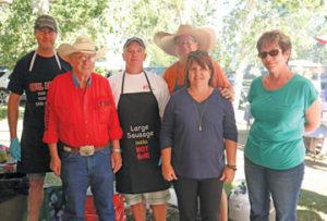 091316comm-peterson-fam-volunteers